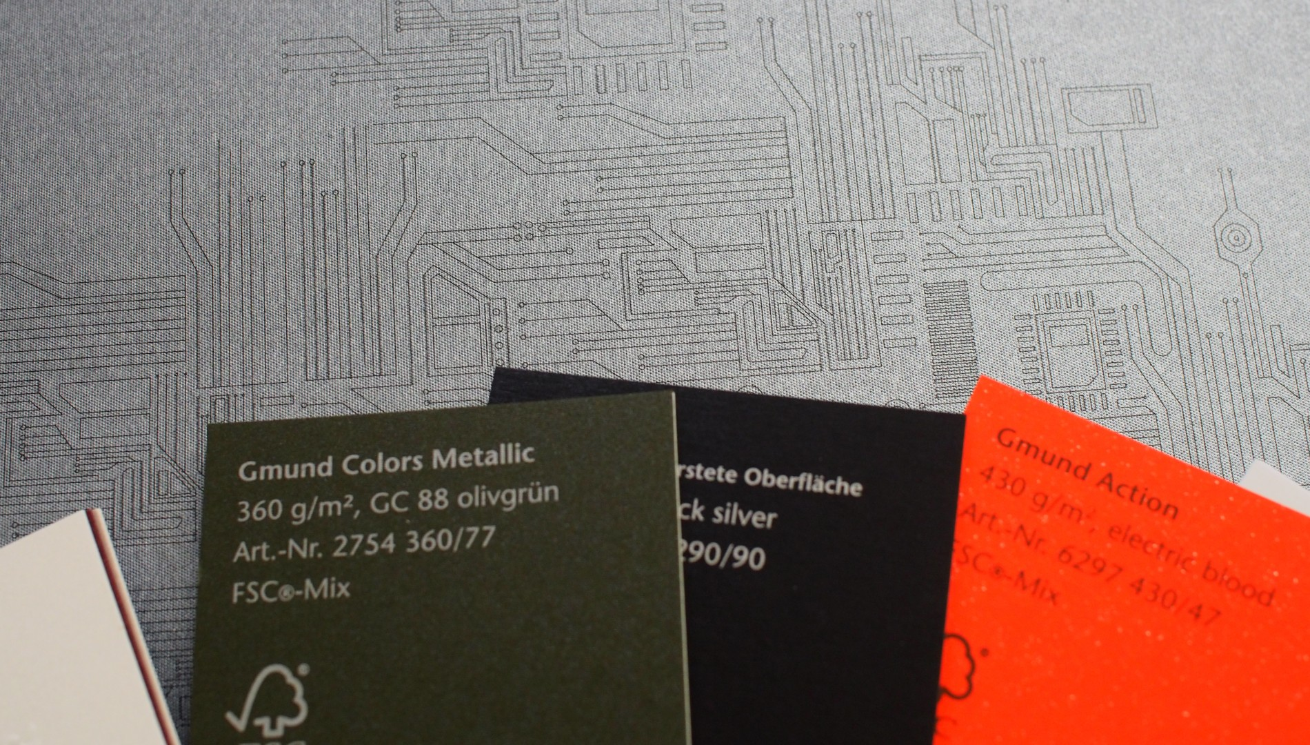 Produktionsdetails und Farbfächer