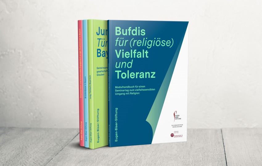 Buchreihe mit Print- und Editorial Design der Designagentur das formt aus München